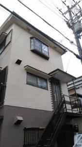壁から出る白い汚れが気になる!屋根重ね葺き・外壁 アイジー工業/スーパーガルテクト